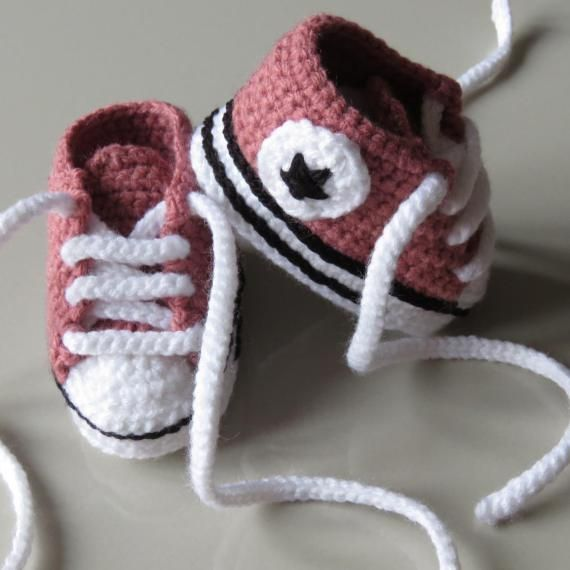 PINK BABY BOOTIES, INCL SHIPPING
