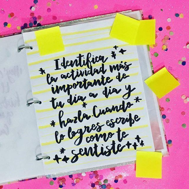 #retomágico día 4 ✅. ¿Cuál es la actividad más importante de tu día a día? ¿Cuánto te toma llevarla a cabo? ¿Qué distracciones tienes? ¿Cómo te sientes cuando la completas? ✨