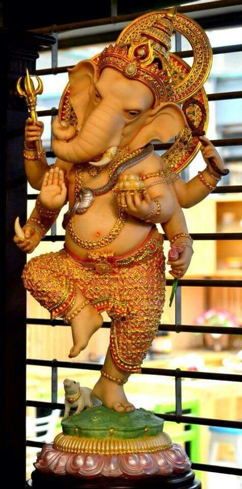 I like this realistic statue of dancing Ganesh.