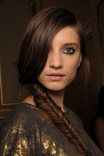 Fish-tail braid. I want to learn how to do this braid. I love it