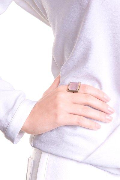 anel-de-ouro-amarelo-18k-diamante-8-de-0-024cts-no-total-lapidacao-brilhante-quartzo-rosa-1-no-total-lapidacao-carre-13