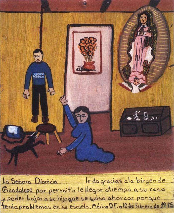 Сеньора Дионисия благодарит Деву Гваделупскую за то, что она вернулась домой вовремя и успела вынуть из петли своего сына, который решил повеситься из-за проблем в школе.  Мехико, 10 февраля 1975.