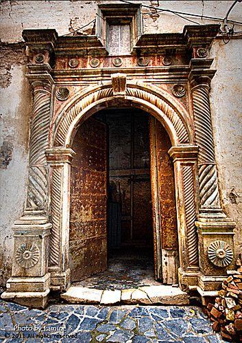 694 best الجزائر images on Pinterest Places, Beautiful places and - peinture porte et fenetre