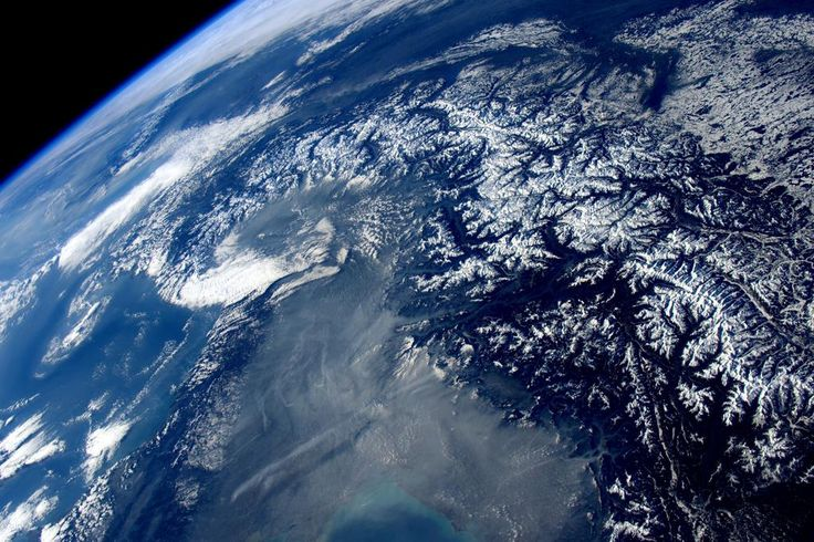 Or another one of my favorite views... the Alps dressed for winter!