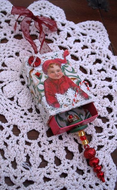 Altered Christmas matchbox by Smifferoo, via Flickr