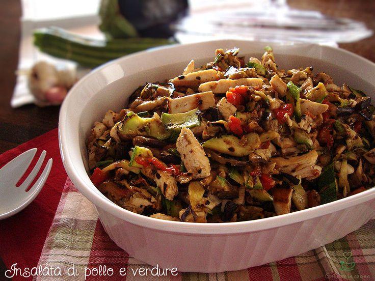 Oggi ho preparato un'insalata di pollo e verdure grigliate davvero buona e fresca, ottima da gustare quando fa caldo, in quanto va servita a temperatura ...