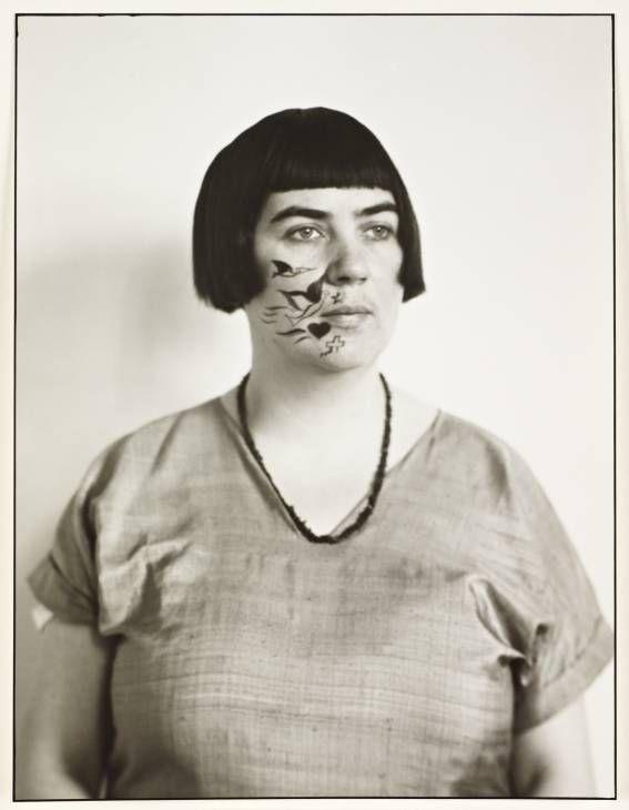 * Marta Hegemann Painter c. 1925 photo August Sander  (1876‑1964)