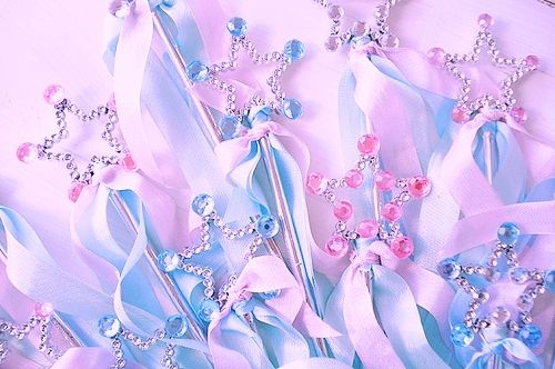 bonbonbunny:    I want all of the world's fairy princess wands!!!!!