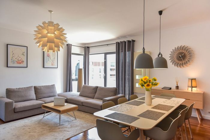 Nordic feel, neutral colours, living room, nice lamps
