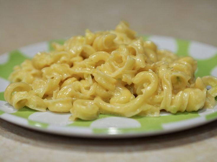 Zucchini Mac n Cheese under 5 Minutes
