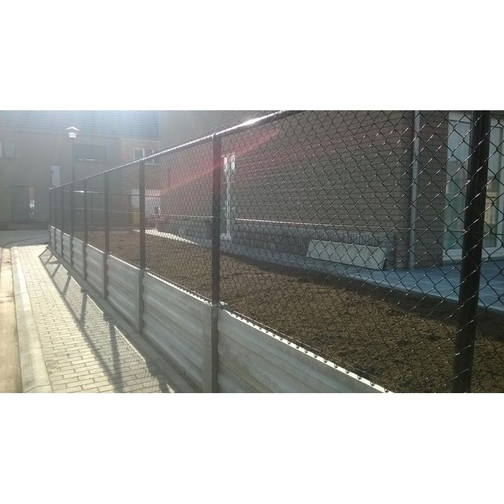 betonplaat,keerwand,versterkte betonplaat ,afsluitingen/anmabetonshop