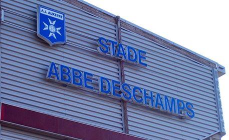 """🦁FC Sochaux-Montbéliard🇫🇷  🦁FC SOCHAUX GREEK FANS🇬🇷 #GOFCSOCHAUX 💛💙 #CLUB 🦁 #SUPPORTERS 🔊 🦁⚽️ 🔊 Le FC Sochaux-Montbéliard se déplace le vendredi 29 septembre au Stade Abbé Deschamps pour y rencontrer l'AJ Auxerre dans le cadre de la 10e journée de Domino's Ligue 2.  Le club a décidé d'offrir à ses supporters leur billet d'accès à la tribune """"visiteurs"""" à cette occasion.  Tous les supporters sochaliens qui feront le déplacement (de manière organisée ou indépendante) pourront en…"""