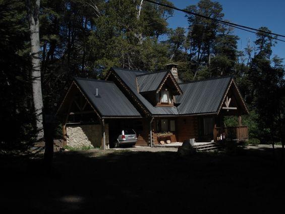 Cabaña Villa la Angostura 8 pax. http://villa-la-angostura.clasiar.com/cabana-villa-la-angostura-8-pax-id-241104