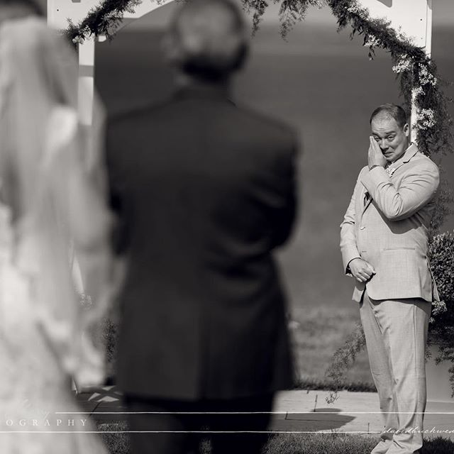 Doug & Margaret at @cobblebeach #wedding #weddinemotion #weddingphotography #weddingphotographer #bw #photography #photooftheday #groom #groomreaction #owensound #owensoundwedding #cobblebeach #torontophotographer #torontoweddingphotographer