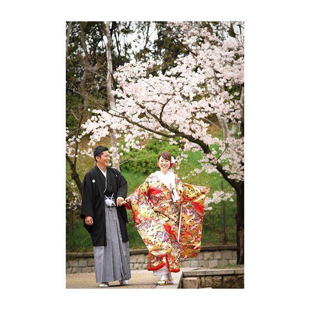 【osaka_laviephotography】さんのInstagramをピンしています。 《心が弾む、そんな季節..* 2/5 ・ 3/5  2days 大阪フェア開催 桜・新緑の時期に撮影をご検討のお客様へ、大変お得な大阪店限定プランをご用意! さらに即決のお客様にはご新婦様衣装ランクアップ30,000yen off!  是非この機会にお越しくださいね! ただいま来店ご予約承り中です★  @laviefactory @lavie_osaka_family  #photoby_kusada  #ハートのある写真#生きる写真 #wedding #photo #laviefactory #instawedding #ig_wedding #smile #weddingtbt #結婚式 #スタジオフェア #写真 #カメラマン  #ウェディングフォト #ウェディングドレス #私服撮影 #ロケーション前撮り #プレ花嫁 #卒花 #エンゲージメントフォト#写真が好きな人と繋がりた #桜 #ファインダー越しの私の世界 #2017春婚 #2017夏婚 #大阪花嫁  smiles : )》