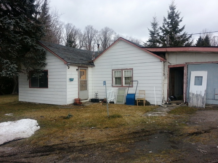 1092 A Dickson Crescent - Sharbot Lake MLS#13600140 Quaint home in nice location!