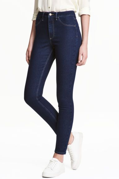Skinny High Ankle Jeans (denim escuro):| H&M (14,99€)