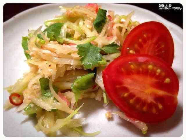 ソムタム タイ料理  青パパイヤのサラダの画像