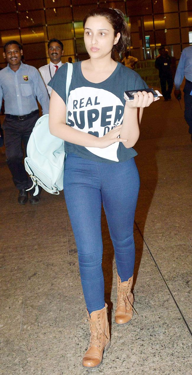 Parineeti Chopra at the Mumbai airport while return from AIBA 2015 - #AIBA2015. #Bollywood #Fashion #Style #Beauty