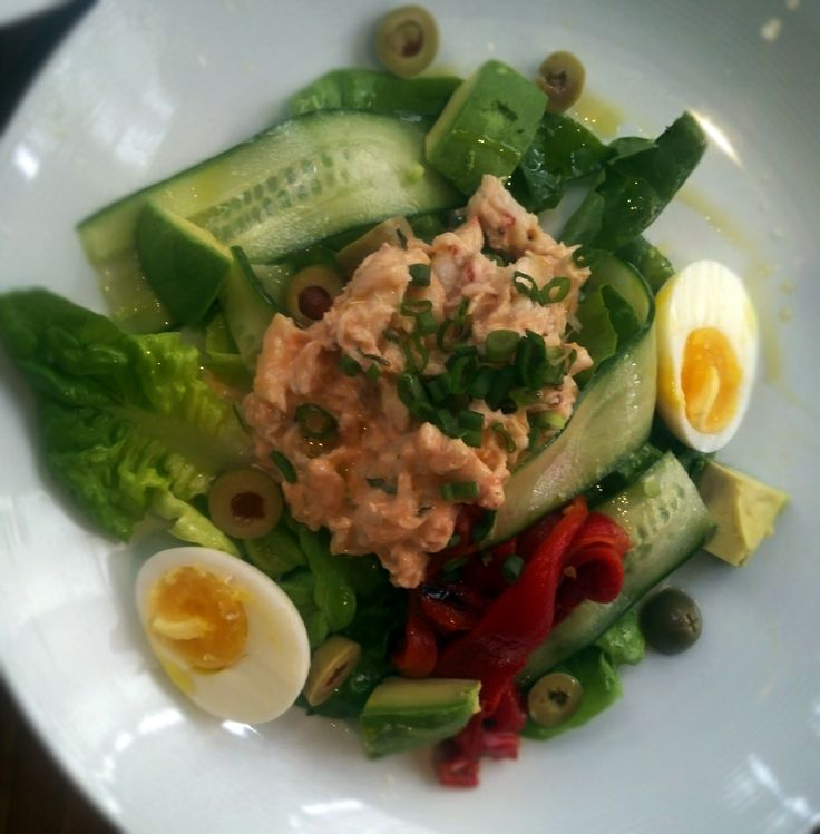 Our CRAB LOUIS SALAD is made with butter lettuce, boiled egg, peppers, olives, cucumber, and avocado. It's a great, healthy alternative for you if you're resolving to lose weight in 2014. We want to help you reach your weight-loss goals! Ask your server for our healthier lunch and dinner meal options.