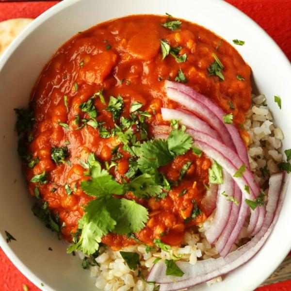 Пряные, согревающие и очень сытные — рецепты этих блюд просто созданы для зимнего обеда или ужина. Сегодня мы научим вас готовить карри прямо как в Индии.