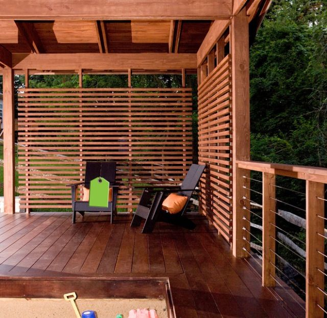 Deck wall horizontal slats darker stain d e c o r for Hanging privacy screens for decks