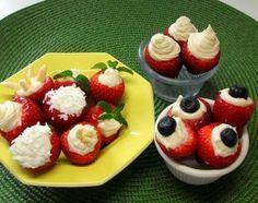 Fresas rellenas de queso crema - variantes para todos los gustos: Las fresas rellenas se pueden adornar con diferentes ingredientes según la ocasión, la temporada o el gusto de cada quién.