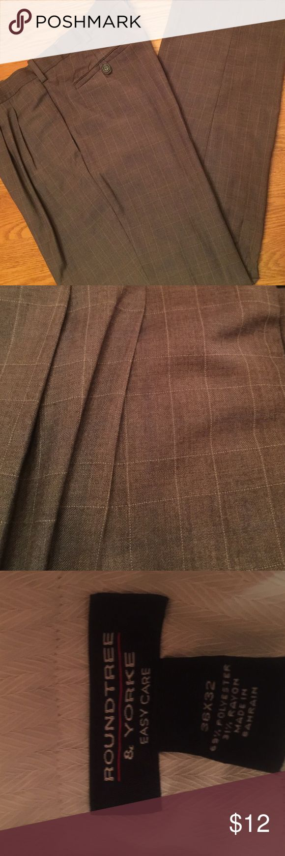 Men's Dress Pants sz 36x32 Roundtree & Yorke Men's Dress Pants sz 36x32 grayish Roundtree & Yorke Pants Dress
