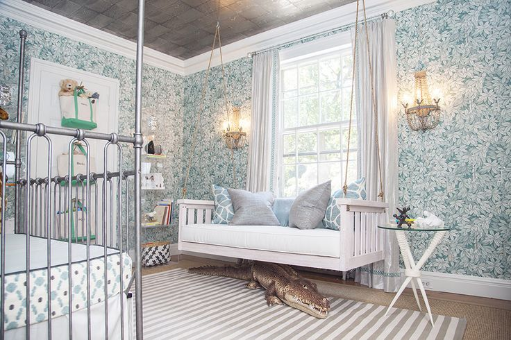 Бирюзовая детская комната завоевала популярность благодаря своей универсальности и сочетанию с многими оттенками.