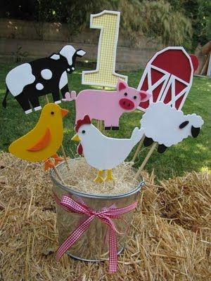 Our Semi-Homemade Life: Luke's Semi-Homemade Birthday Party - Down on the Farm!- Centerpieces