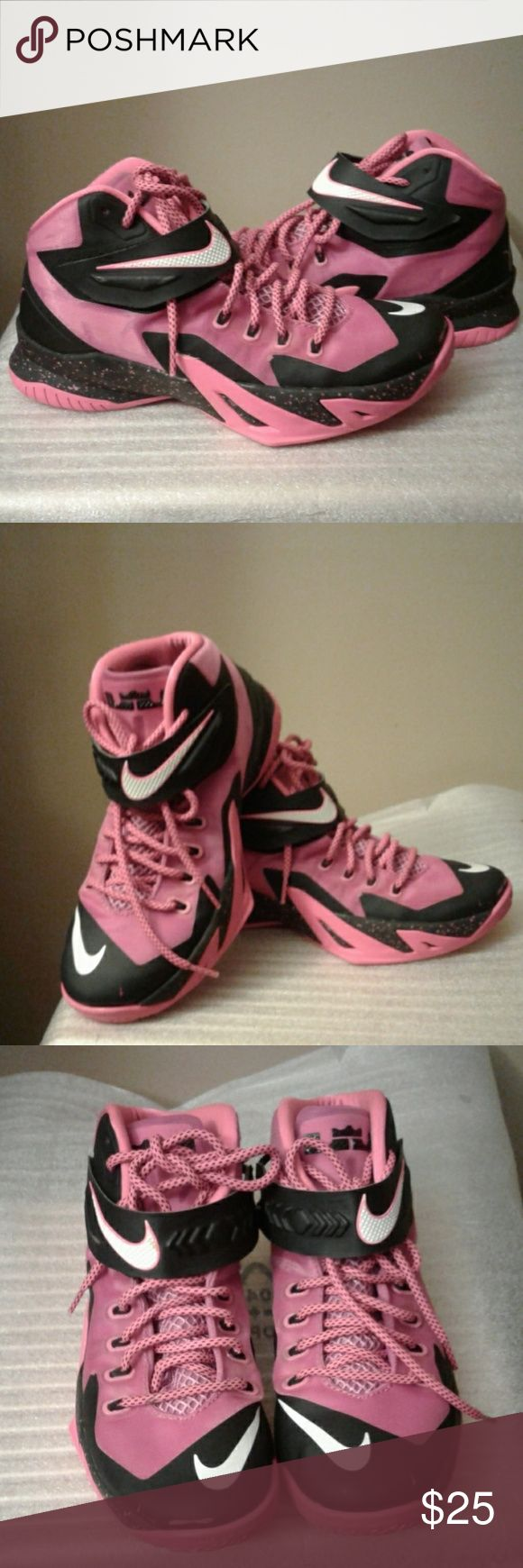 Nike LeBron sneakers Pink and black LeBron James sneakers. Size 8 men's, scuff marks shown on toes Nike Shoes Athletic Shoes