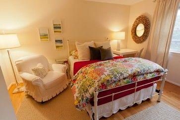 9 Guest Room Ideas That Will Make Any Visitors Feel Right At Home. Pinning for the future