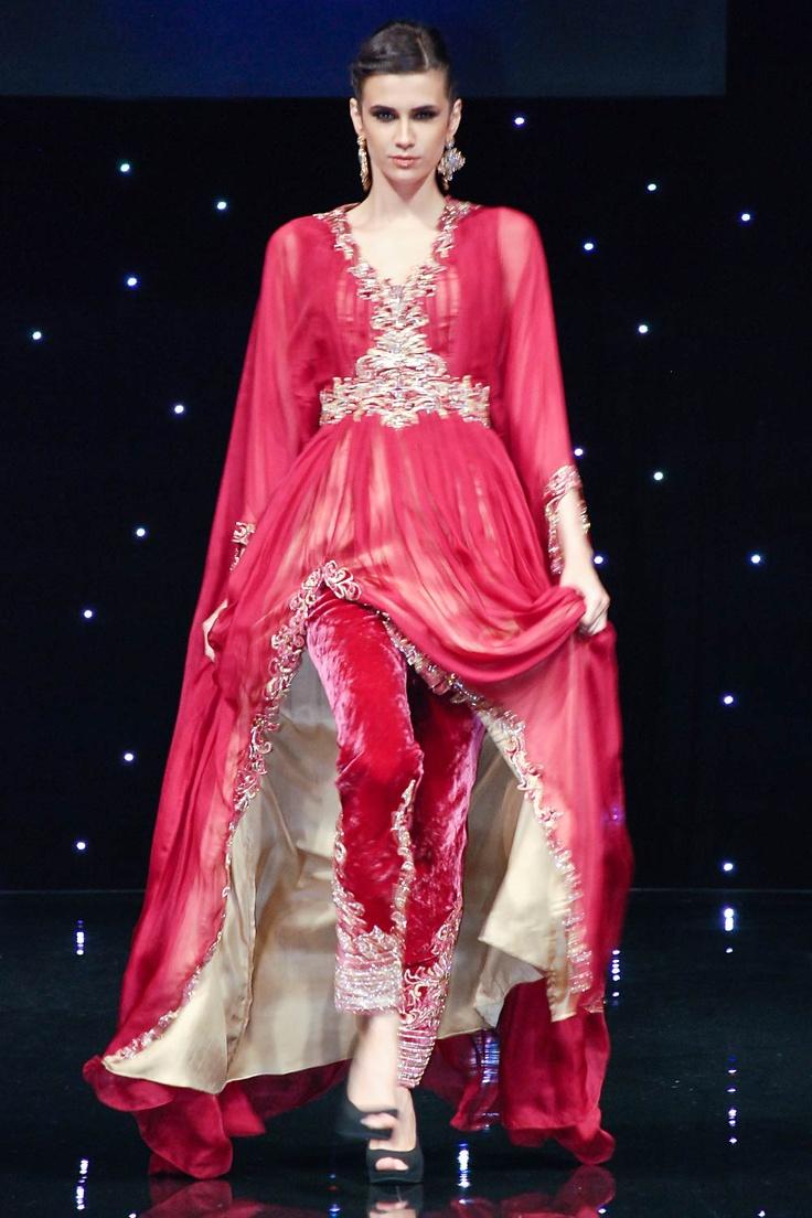 A ethnic Kaftan in chiffon fabric.