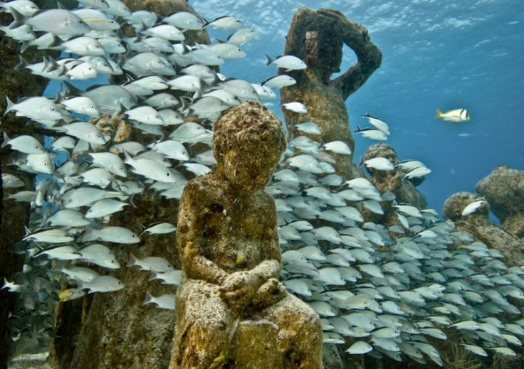The Silent Evolution - Underwater Sculpture by Jason deCaires Taylor. Depth 8m, MUSA Collection, Cancun/Isla Mujeres, Mexico.