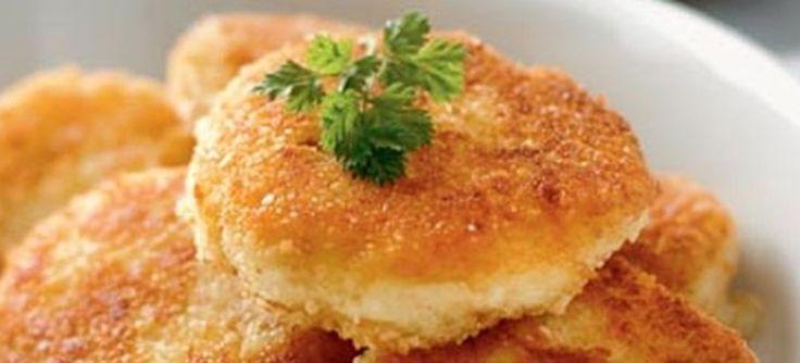 Veganske kartoffelfrikadelle - smager dejlige og er perfekte hvis aftensmaden skal være kødfri. Klik her og se opskriften