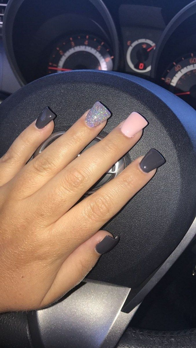 32 Outfits That Are Suitable To Be Used Together With Ripped Jeans Rippedjeans Jeansoutfits Outfitsfor In 2020 Flare Acrylic Nails Flare Nails Square Acrylic Nails