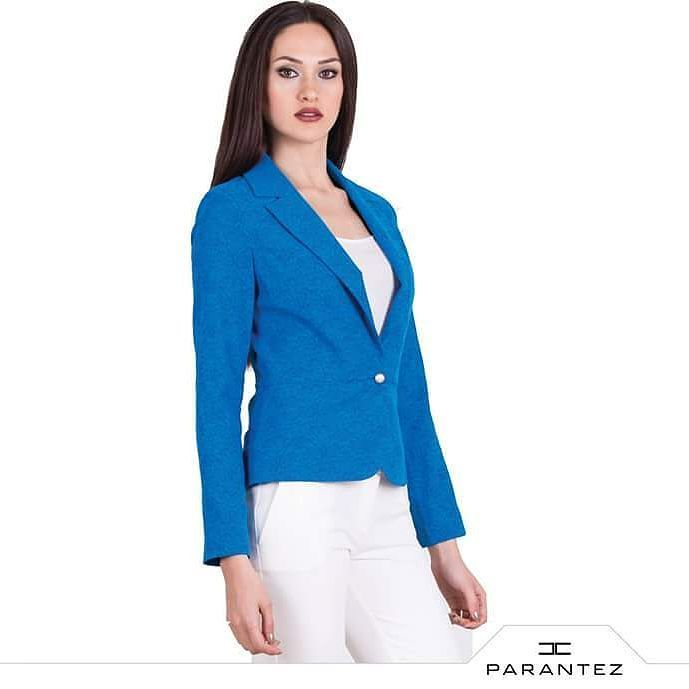 Mavinin cazibesini Parantez kalitesi ile yansıtın... #yenisezon #bayangiyim #onlineshop #parantezgiyim #indirim #alisveris #mavi #moda #fashion  parantezgiyim.com.tr