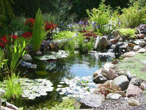 45 besten Gartenteiche Bilder auf Pinterest Gartenteiche - naturlicher bachlauf garten