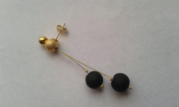 Black stud earrings Modern stud earrings Minimal stud by GIASEMAKI
