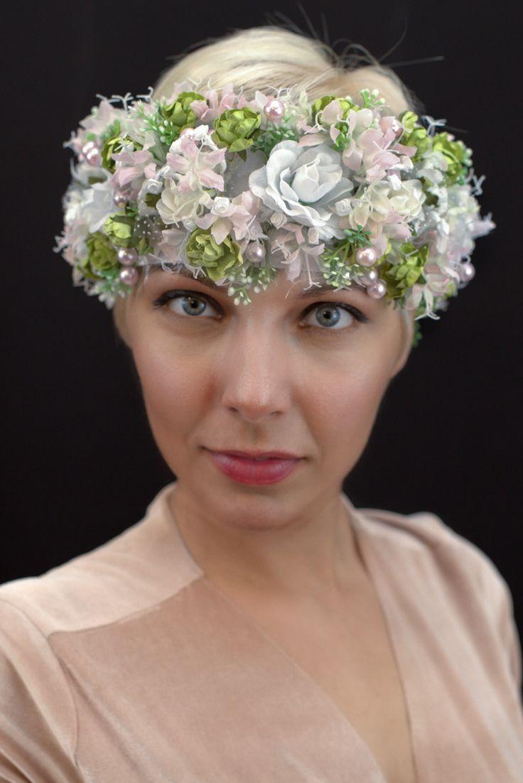 Slavic floral headpiece for rustic wedding.