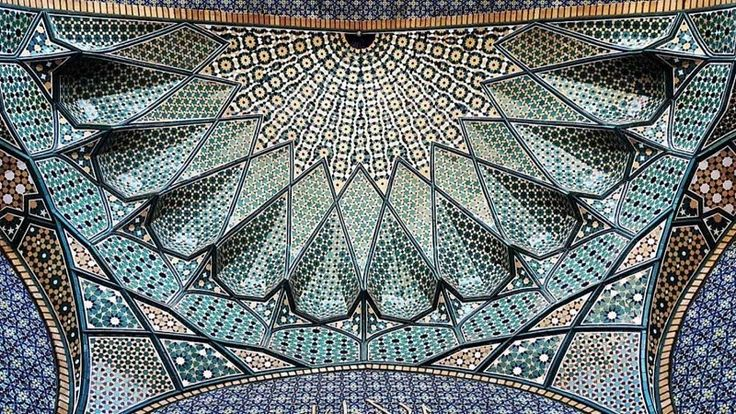 A visual tour through the mystical beauty of the Iranian architecture - http://www.decorationarch.net/interior-design-ideas/a-visual-tour-through-the-mystical-beauty-of-the-iranian-architecture.html