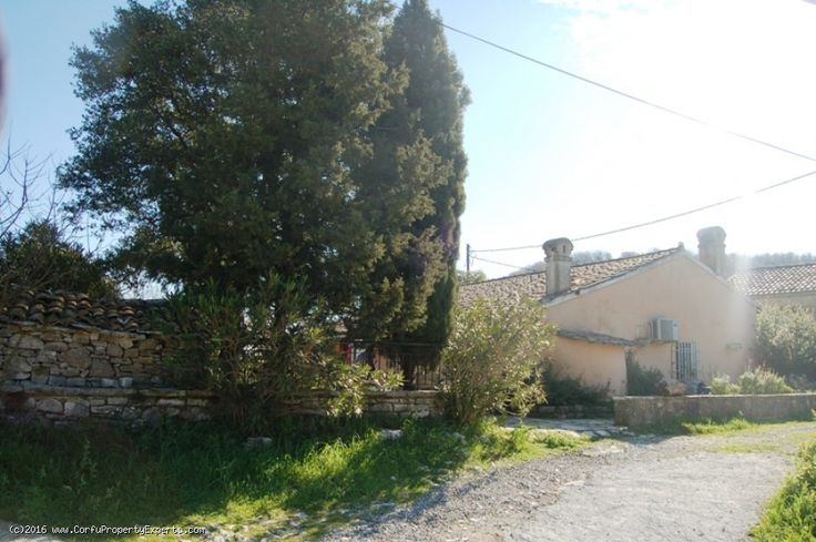 New listing. A bungalow for sale in Rou right next to the exclusive Rou Estate, on the north east of Corfu.