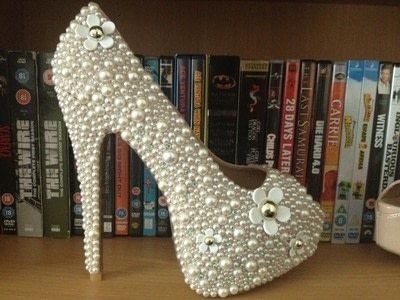 How to embellish a pair of bejewelled shoes. Pearl Shoes - Step 3