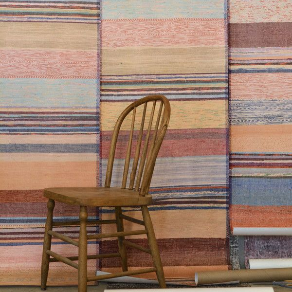 Catalogne Wallpaper - Papier peint Catalogne | The Pepin Shop for carefully chosen design, fashion, furniture and wall decor products
