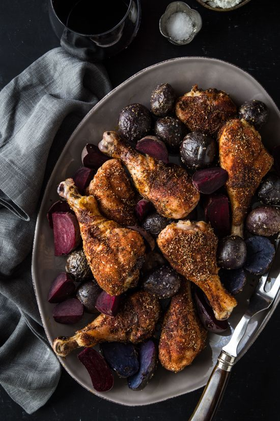 Blackened Chicken Legs with Red Beets and Potatoes #SundaySupper | www.jellytoastblog.com