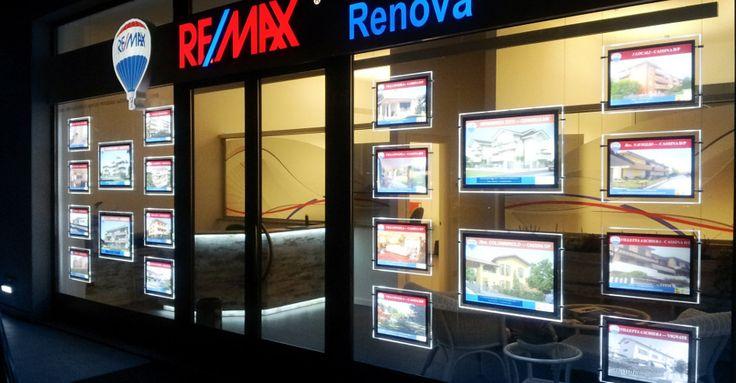 Les meilleures agences immobilières veulent s'équiper Vitrine Media  Ici l'agence REMAX en Italie
