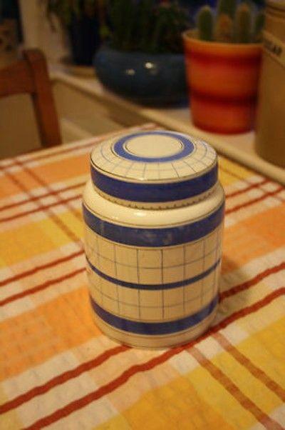 Vintage British Anchor Cottage Green Large Kitchen Storage Jar – (10/12/2012) stands 6 ½ inches high