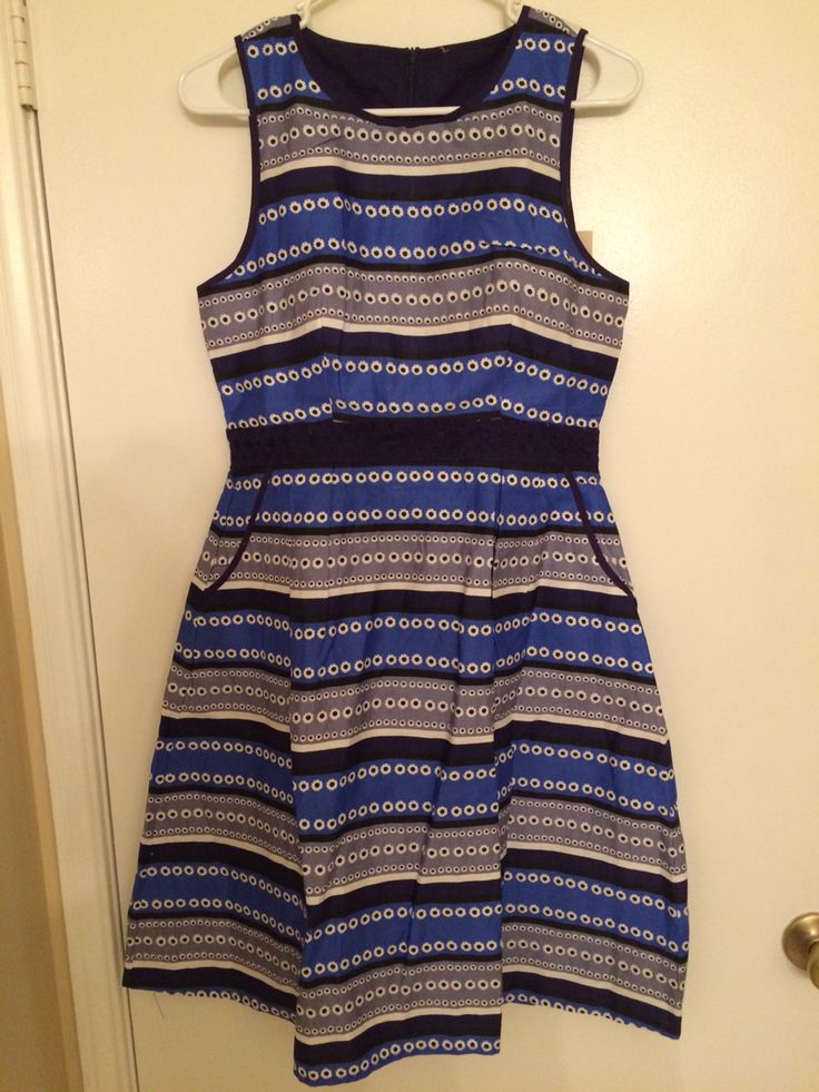 This dress fit great, and it has pockets, which is always a bonus. The waistband is a navy eyelet material, but the print is a little loud for me - so back to Stitch Fix it goes