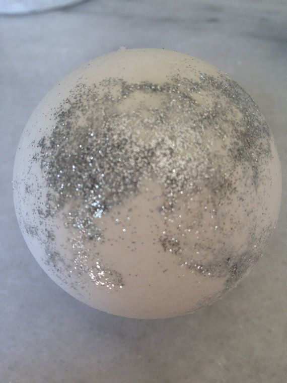 White Christmas Bath Bomb/Bath by StefaniaValentiiBath on Etsy