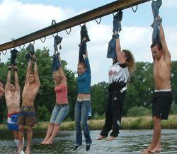 Een spannend, actief feest voor stoere tieners en niet alleen leuk voor tieners die het programma kennen!